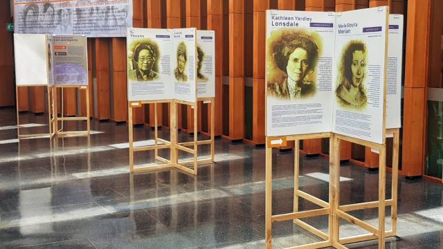 Esta exposición es una muestra del arduo trabajo de 23 mujeres científicas que dedicaron su vida a la investigación. FOTO:IDT