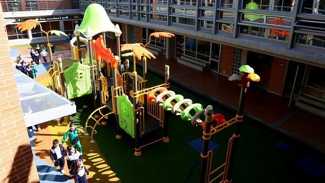Parques infantiles en colegios de la ciudad - Foto: Comunicaciones Secretaría de Educación