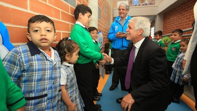 Estos son resultados positivos de la apuesta de Peñalosa con los colegios.