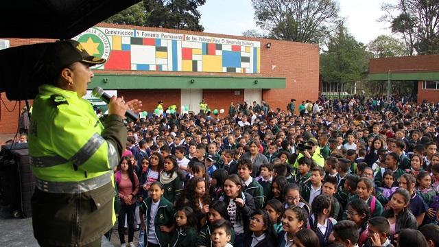 Recomendaciones de seguridad por el inicio de clases - Foto: Prensa MEBOG