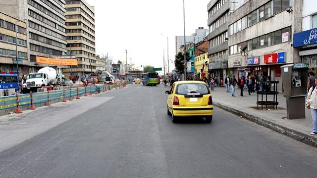 La propuesta es que circulen más taxis en horas pico.