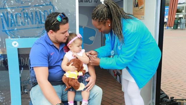 Durante la Semana Santa de 2018, la Secretaría de Salud vacunó a más de 11.500 viajeros, entre ellos, 1.000 menores de 5 años.