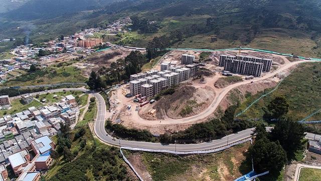Construcción de viviendas en San Cristóbal - Foto: Prensa Caja de Vivienda Popular