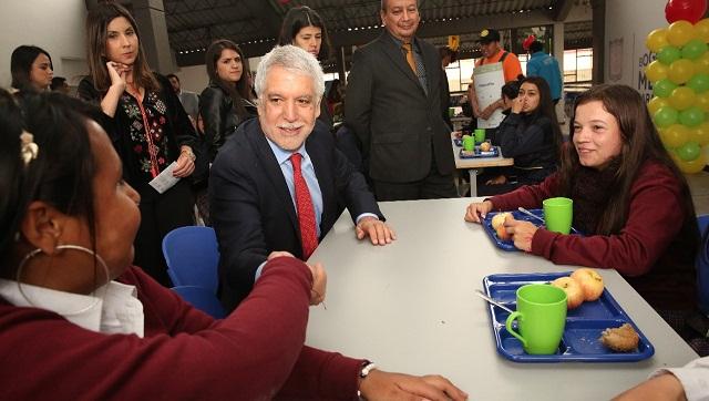 Cocinas m viles y m s comedores escolares llegan a los for Comedores escolares en colombia