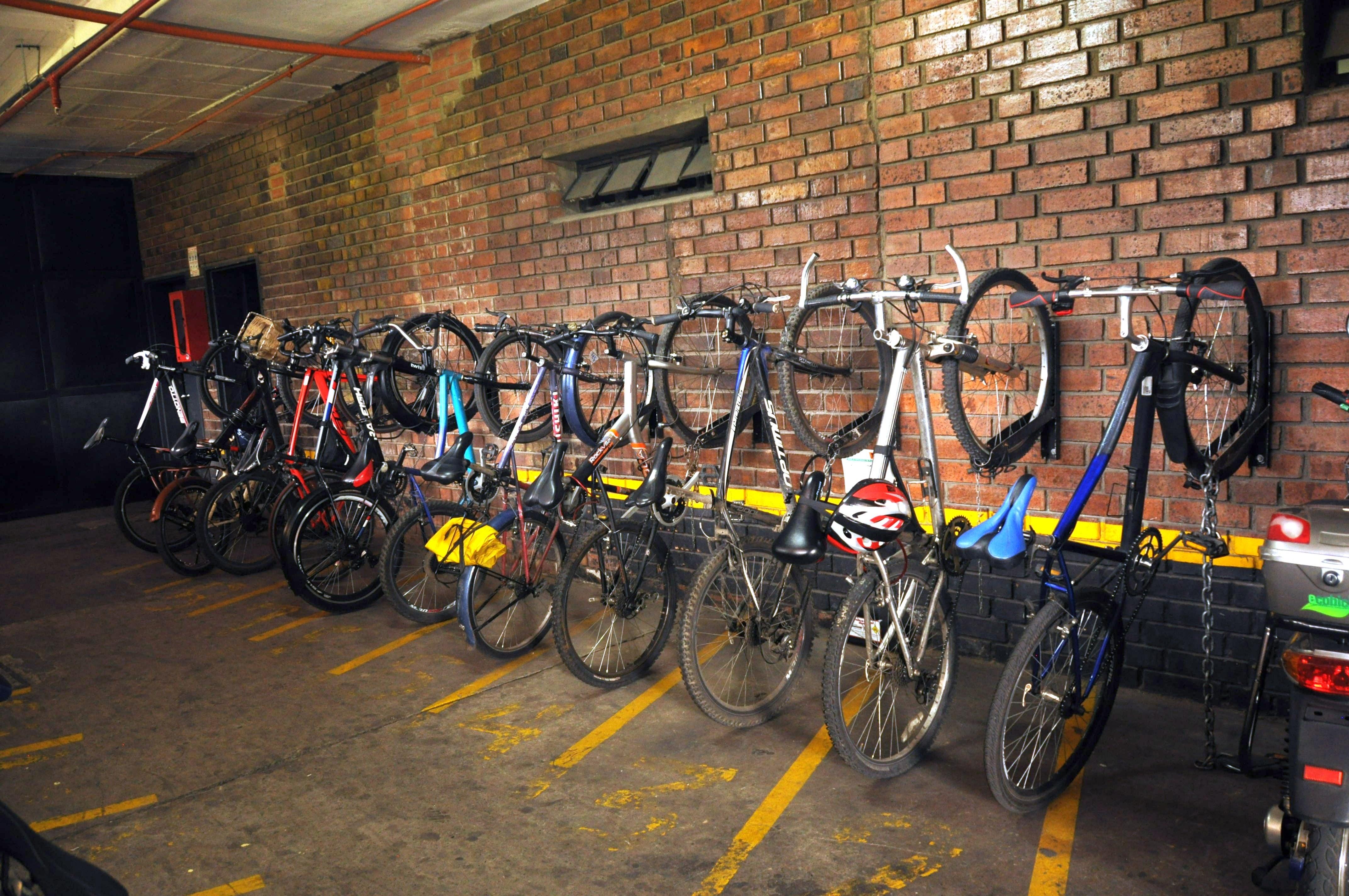 Entregatón de bicicletas - FOTO: Consejería de Comunicaciones